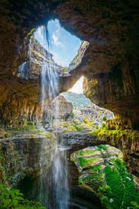Трехярусный водопад в Ливане