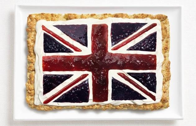 18 флагов государств, сделанных из их фирменной еды