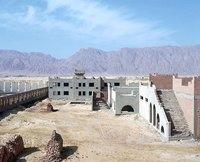 Что осталось от роскошных гостиниц в египетской пустыне