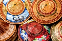 25 самых популярных сувениров из разных стран мира