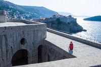 Муж с женой приехали в Хорватию, чтобы побывать в местах съемки «Игры престолов»