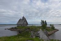 Здесь снимали фильм «Остров»