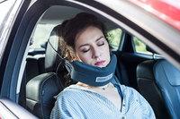 Наконец-то изобрели самое удобное приспособление для сна в дороге!