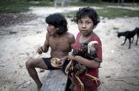 30 выразительных снимков из жизни таинственного племени ава