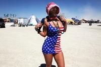 20 горячих фото девушек с самого уникального фестиваля в мире Burning Man