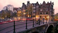 10 самых пешеходных городов мира, где не стоит надеяться на такси
