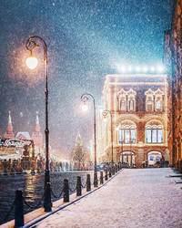 12 восхитительных фото о волшебстве в рождественской Москве
