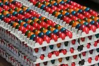 Как красят яйца в Австрии