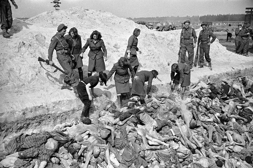 15 редких фото, сделанных в фашистских лагерях смерти в последние дни войны
