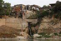 Как происходит «убийство» священной реки Ганг