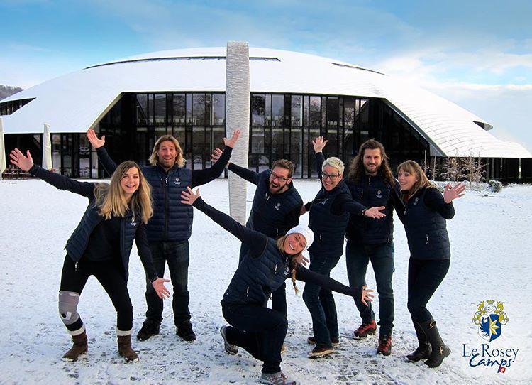 Как живут и учатся дети в самой дорогой школе мира, расположенной в Швейцарии