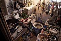 10 ужасающих фото о том, что значит жить в домах-гробах в Гонконге