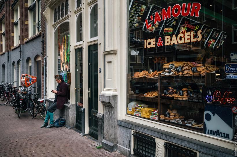 Амстердам: велосипеды, ветряные мельницы, ковры из цветов и прочие интересные факты