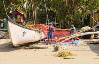 Рыбаки на пляже Палолем