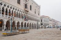 Есть запрещено: что еще нельзя делать в Венеции