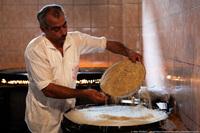 Сладкая страна: как готовят халву в Азербайджане