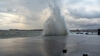 Севастопольские волны