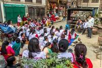 Жизнь в нищете: один день в семье непальских шерпов