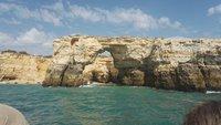 Прибрежные скалы возле Албуфейры