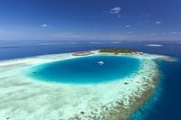Прогулки под водой с морскими биологами курорта Baros Maldives