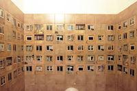 Литовский ресторан попросил дизайнеров обновить их туалет, но запретил менять плитку
