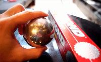 Японцы полируют шарики фольги до неузнаваемости