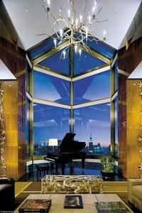 Внутри самых роскошных и ослепительных гостиничных номеров планеты