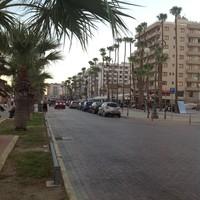 Кипр, набережная Фуникудес в Ларнаке