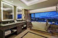 Ванная комната с видом