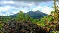 Вулкан Батур. Бали. Июль.
