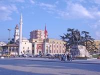 На улицах Тирана