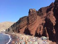Красный пляж в деревне Акротири