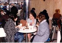 Эпические фото о том, как в Москве в 1990 году открылся первый McDonald's