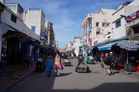 Марокко: прогулка вдоль торговой улицы