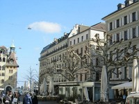 Швейцария: на улицах Женевы в марте