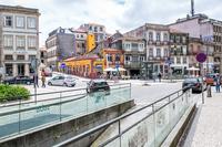 Порту: на улицах города поздней осенью