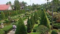 Таиланд, весна в парке Нонг-Нуч