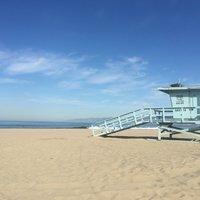 Пустынный Venice beach, февраль в Лос-Анджелесе