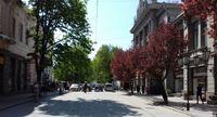 Симферополь: прогулка по городу в утреннее время