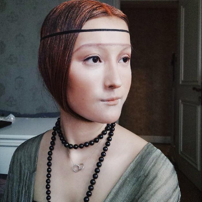 Девушка-хамелеон: с помощью макияжа китаянка превращается в кого угодно