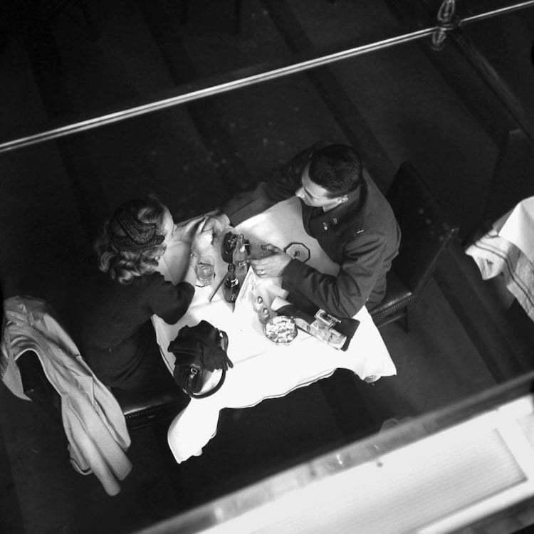 Вивиан Майер и любовь незнакомых пар в ее откровенных снимках