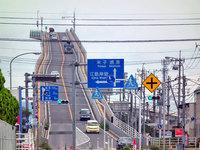 Так выглядит один из самых необычных мостов в мире!