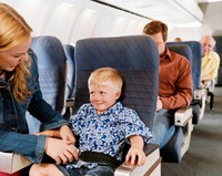 5 причин, почему в самолетах нет зон для детей и семей