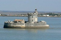 10 самых впечатляющих морских фортов