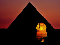 20 мировых достопримечательностей под покровом ночи. Они меняются до неузнаваемости!