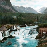 35 раскрашенных фото самых популярных туристических мест Норвегии начала 20 века