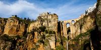 8 самых живописных городов Европы, в которых ни на секунду нельзя закрывать глаза
