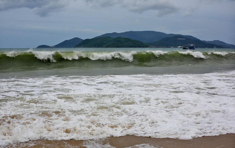 пьяную фото огромных волн во вьетнаме справедливо