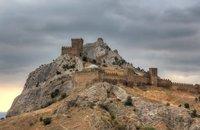 Генуэзская крепость в Судаке в ноябре