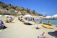 Пляж Коннос Бей в июне не переполнен